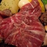 すすめ!ヴァイキング - 【熟成やわらかみすじステーキ(D)】赤身にもかかわらず、やわらかく、旨みの濃い、ステーキ・焼肉で人気の希少部位。