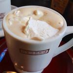 35350640 - 2015/2/11  これがMAXコーヒーだ!  ¥460                       もしかして、ウィンナーコーヒー?!