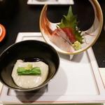粋や 旬月 - 刺身と胡麻豆腐