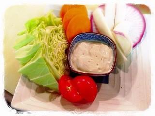 横田酒場 - 立川野菜盛り豆腐ディップ大と小がございます
