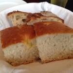 ザ シティ ベーカリー ブラッスリー ルービン - 2015年2月 3度目の訪問 お代りが出来るパン!