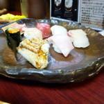 心寿司 - 義姉の握りは、こんな大皿で提供されました。