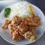 華苑 - 鶏のから揚げ