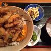 天ぷら・居酒屋 泉秀 - 料理写真:かき揚げ丼