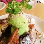 マイトパルタ - 料理写真:和とワッフルの融合、ですな
