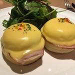 サラベス - ブランチには欠かせない卵料理の代表。