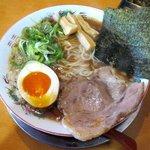 とんこつらーめん ひかり - 醤油らーめん(730円)