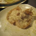 あきやま - 魚クリームコロッケの中身
