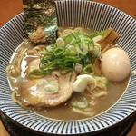 ○寅 麺屋 山本流 - 味玉豚骨ラーメン