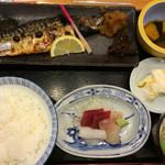 吉亀寿司 - サバ焼魚定食