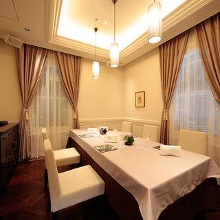 5名様より個室利用無料。優雅なひと時をお楽しみください。