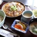 割烹 おもの川 - 料理写真:牛卵とじ定食@860円