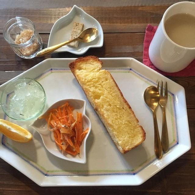 喫茶店 uzuビバレッヂ