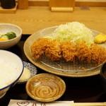 とんかつ武信 - カキフライ膳(1620円)