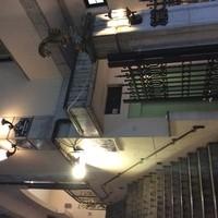 スターボード - ちょっとおしゃれなビルの二階