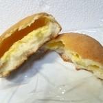 さくら・さくら - クリームメロンパン140円