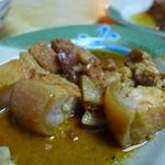 阿霞 燒肉飯 - 魯肉(豚バラ煮込み・TWD30)