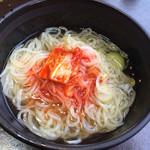 大陸食道 - 冷麺お取り分け