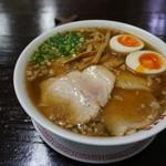 35404194 - 肉玉ラーメン(尾道醤油)【850円】(2015/2/26)