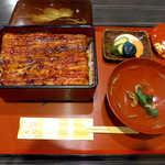 35405307 - 特大国産鰻「極」(¥4800)。たまにはこんな贅沢ランチも!