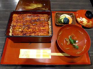 うな貴 - 特大国産鰻「極」(¥4800)。たまにはこんな贅沢ランチも!