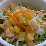 絵音カフェ - ene cafe @中葛西 ランチのクリームパスタに付くサラダ