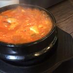 韓マウン - サムギョプサルについてきた純豆腐チゲ