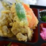 35416833 - 野菜天麩羅アップ 2015.2