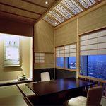 京都 吉兆 - 内観写真:2人個室やご家族、ご接待に最適な和洋の個室。