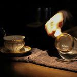 カフェ セレーサ - 沸騰したお湯を注ぐ前に回します☆