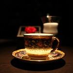 カフェ セレーサ - まるで自らが光を放っているかの如く幻想的な輝きを魅せる☆