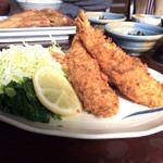 磯料理 いそや - 海老フライ定食1100円プリプリ