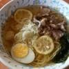 ジャングルプラザ - 料理写真:牛すじ塩ラーメン900円
