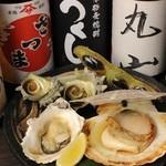 魚介、お肉、野菜など季節の食材を取り揃えております。