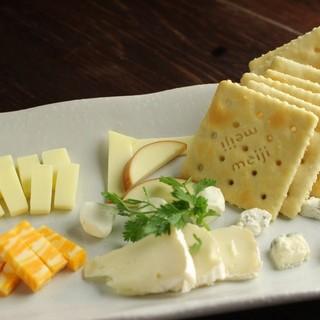 ◇PARTYに最適◇チーズ、パスタ、ピザ…充実アラカルト!