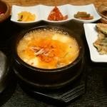 韓美膳 - スンドゥブセット