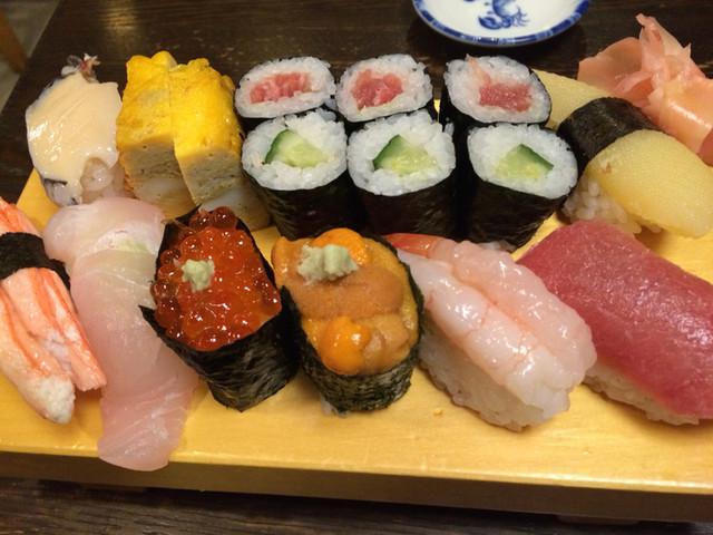 吉野寿司 ,