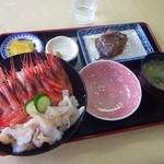 おろろん食堂 - 料理写真:えびつぶ丼
