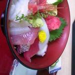 三ゆう - 海鮮丼並み