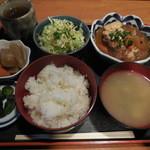 ふじかつ - 牛筋豆腐定食 ¥600-