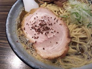 麺屋 利休 - 醤油ラーメン、チャーシューアップ