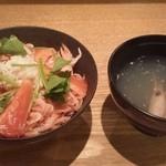 日本料理 仲志満 - ちらし寿司と海老汁