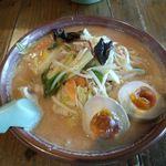 赤みそ家 - 料理写真:味噌野菜らーめん