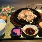 35447323 - 焼肉A定食