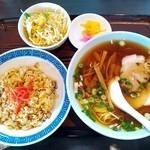 進栄楼 - 料理写真:チャーハンセット 900円(8%込)