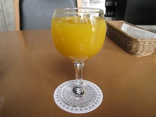 喫茶室baton - セットのオレンジジュース