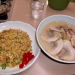 35458286 - チャーシュー麺 チャーハン