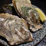 海鮮酒房なぶら - 料理写真:焼きセル牡蠣 ¥240×2