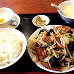 toukamura - レバニラ炒めランチです