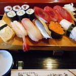 満寿鮨 - ランチまんぷく